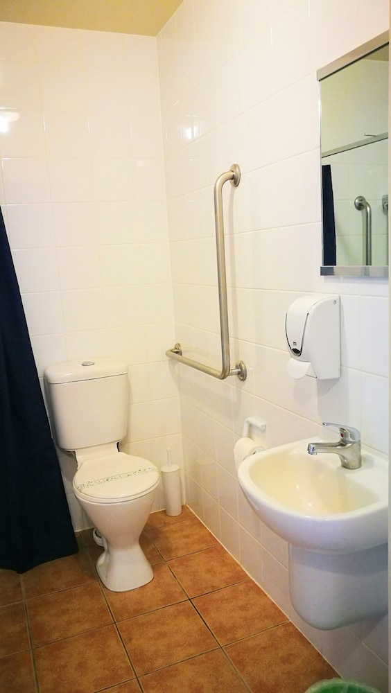 어스트레이 모텔 앤드 백팩커스(Astray Motel & Backpackers) Hotel Image 42 - Guestroom