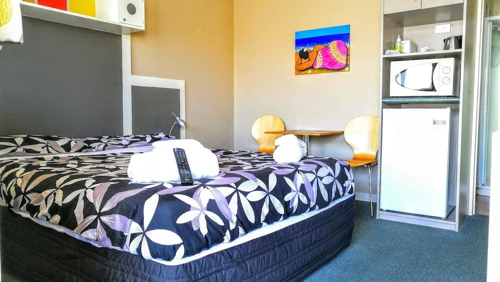 어스트레이 모텔 앤드 백팩커스(Astray Motel & Backpackers) Hotel Image 30 - Guestroom