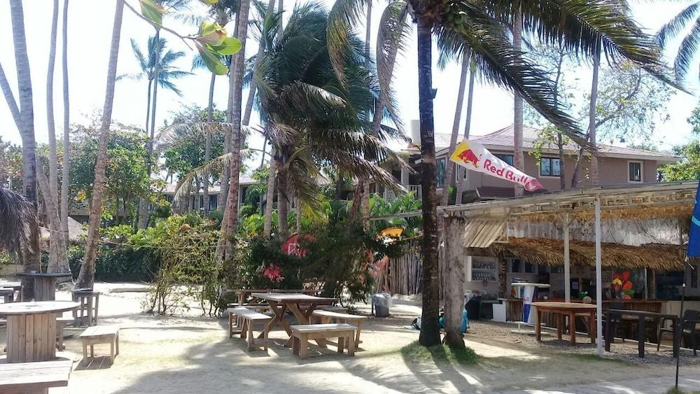 워터마크 럭셔리 오션프런트 올 스위트 호텔(Watermark Luxury Oceanfront All Suite Hotel) Hotel Image 12 - Breakfast Area