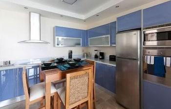 워터마크 럭셔리 오션프런트 올 스위트 호텔(Watermark Luxury Oceanfront All Suite Hotel) Hotel Image 3 - In-Room Kitchen