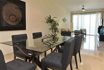 워터마크 럭셔리 오션프런트 올 스위트 호텔(Watermark Luxury Oceanfront All Suite Hotel) Hotel Image 10 - In-Room Dining