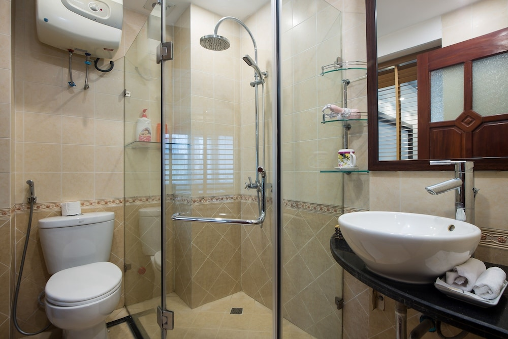 스플렌디드 스타 그랜드 호텔(Splendid Star Grand Hotel) Hotel Image 50 - Bathroom