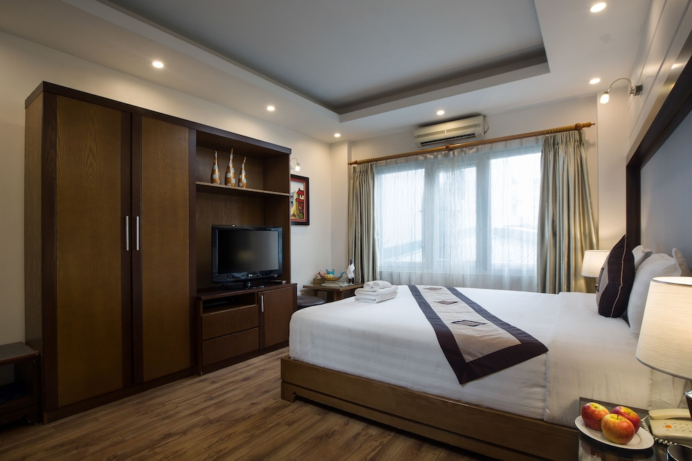 스플렌디드 스타 그랜드 호텔(Splendid Star Grand Hotel) Hotel Image 49 - Guestroom View