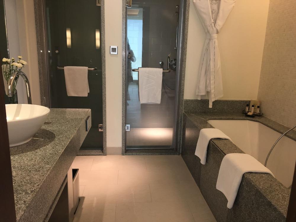 타즈 예쉬완트푸르, 벵갈루루(Taj Yeshwantpur, Bengaluru) Hotel Image 16 - Bathroom