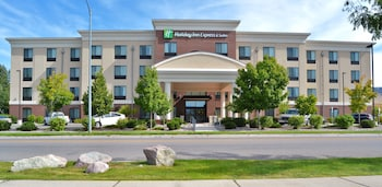 Holiday Inn Express Hotel & Suites Missoula