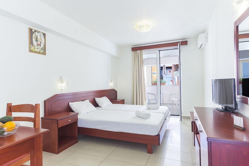 아르테미스 아파트먼트(Artemis Apartments) Hotel Image 8 - Guestroom