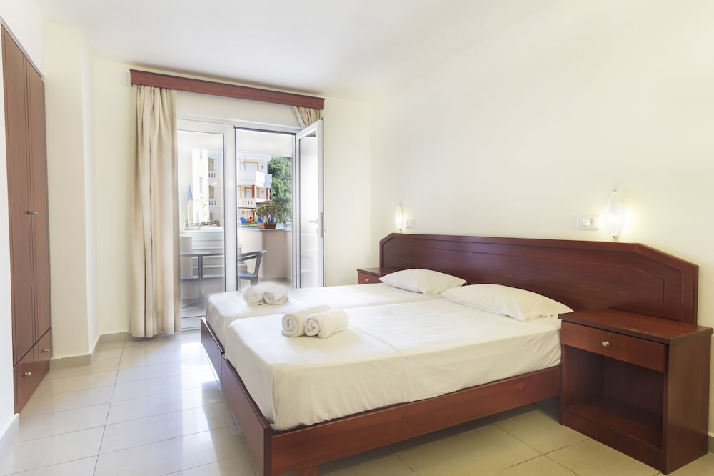 아르테미스 아파트먼트(Artemis Apartments) Hotel Image 10 - Guestroom