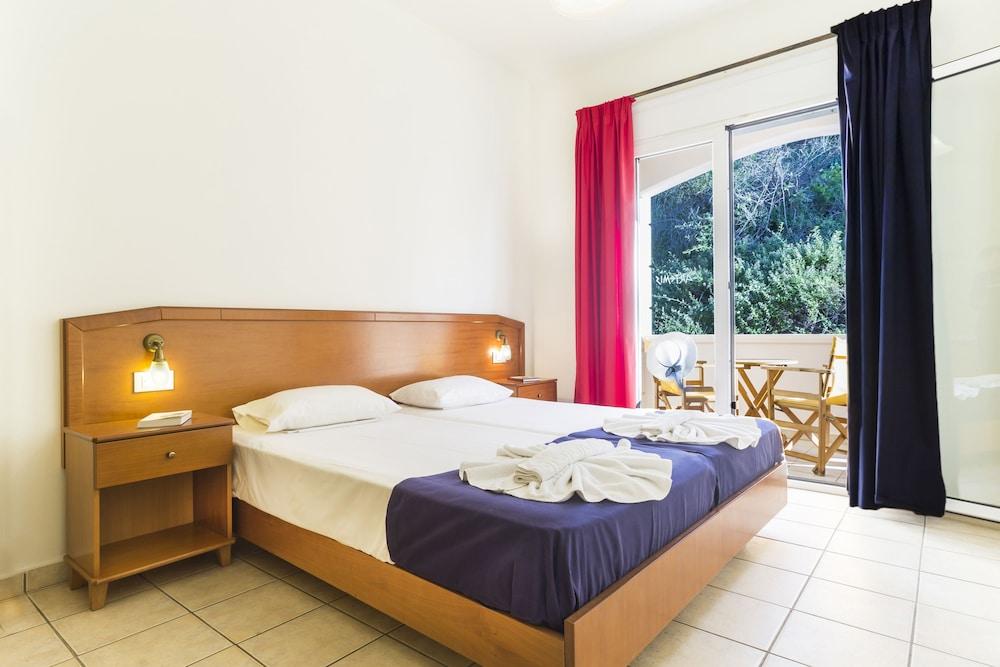 아르테미스 아파트먼트(Artemis Apartments) Hotel Image 42 - Guestroom View