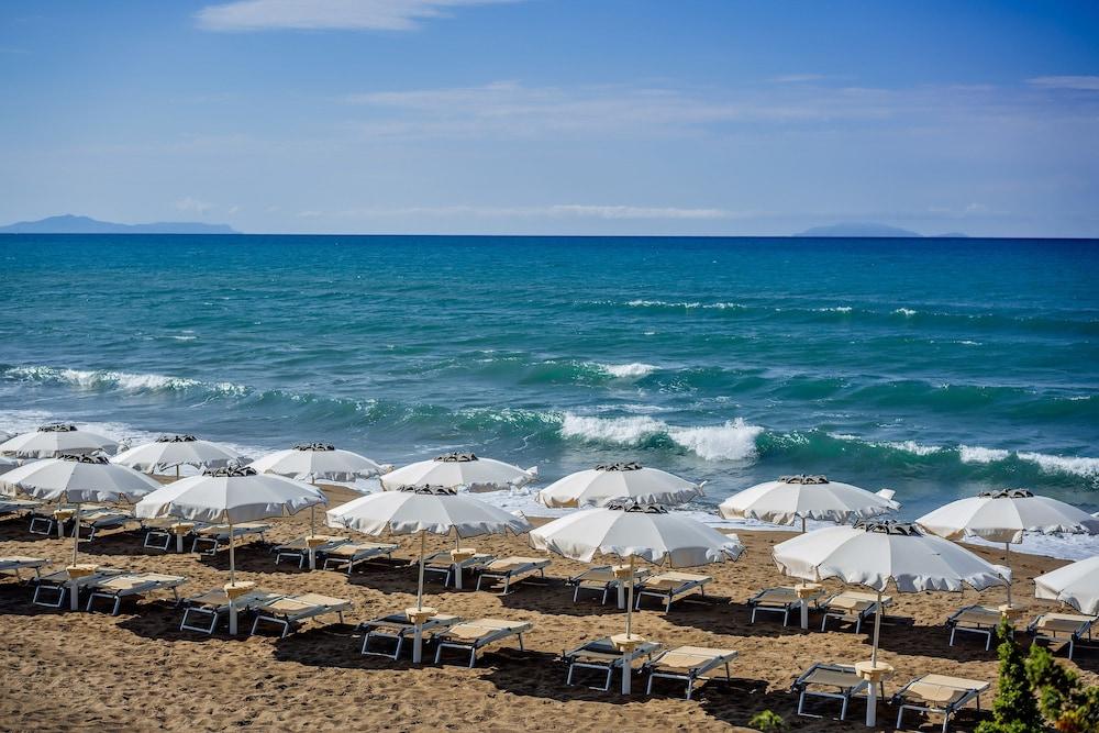리바 델 솔레 리조트 앤드 스파(Riva del Sole Resort & Spa) Hotel Image 58 - Beach