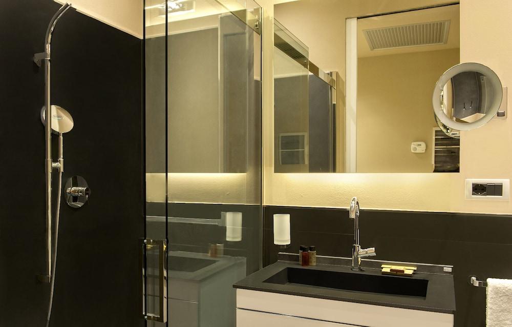 리바 델 솔레 리조트 앤드 스파(Riva del Sole Resort & Spa) Hotel Image 15 - Bathroom