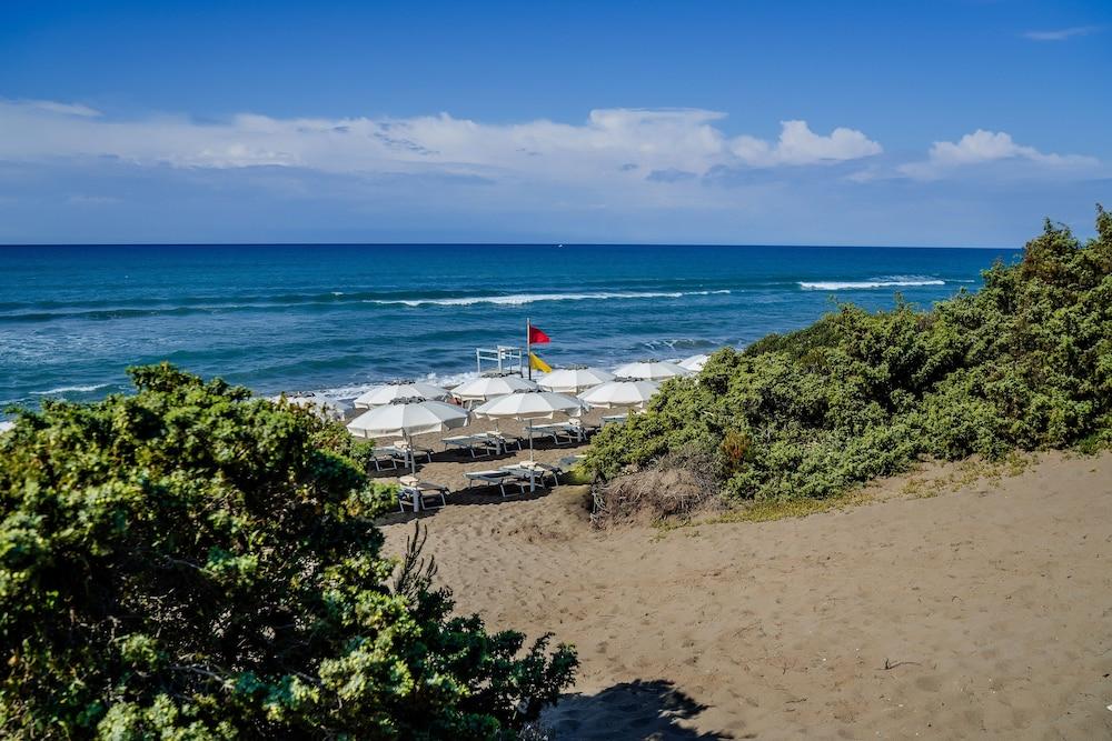 리바 델 솔레 리조트 앤드 스파(Riva del Sole Resort & Spa) Hotel Image 57 - Beach