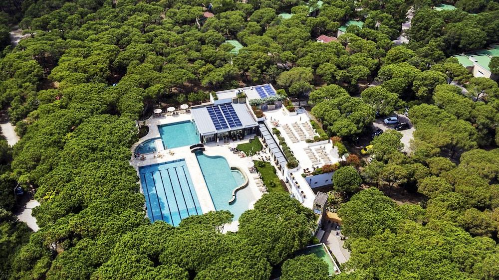 리바 델 솔레 리조트 앤드 스파(Riva del Sole Resort & Spa) Hotel Image 23 - Outdoor Pool