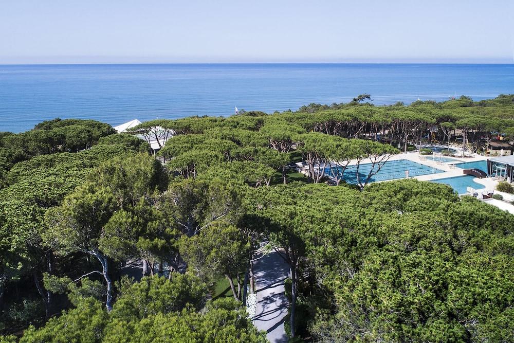 리바 델 솔레 리조트 앤드 스파(Riva del Sole Resort & Spa) Hotel Image 32 - View from Hotel