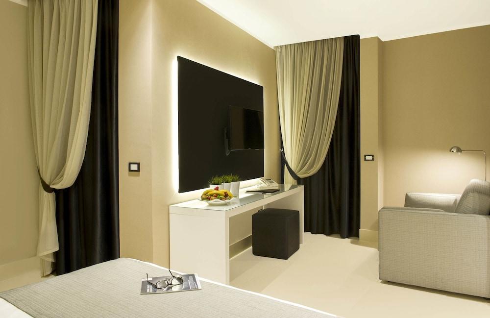 리바 델 솔레 리조트 앤드 스파(Riva del Sole Resort & Spa) Hotel Image 7 - Guestroom