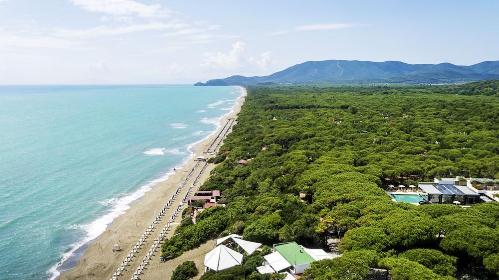 리바 델 솔레 리조트 앤드 스파(Riva del Sole Resort & Spa) Hotel Image 63 - View from Hotel
