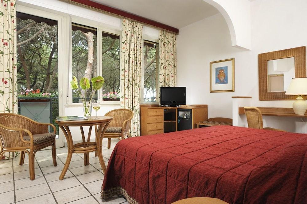 리바 델 솔레 리조트 앤드 스파(Riva del Sole Resort & Spa) Hotel Image 6 - Guestroom