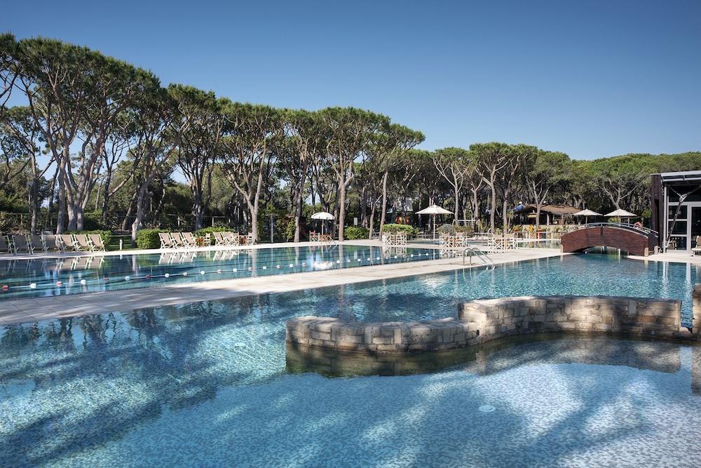 리바 델 솔레 리조트 앤드 스파(Riva del Sole Resort & Spa) Hotel Image 26 - Outdoor Pool