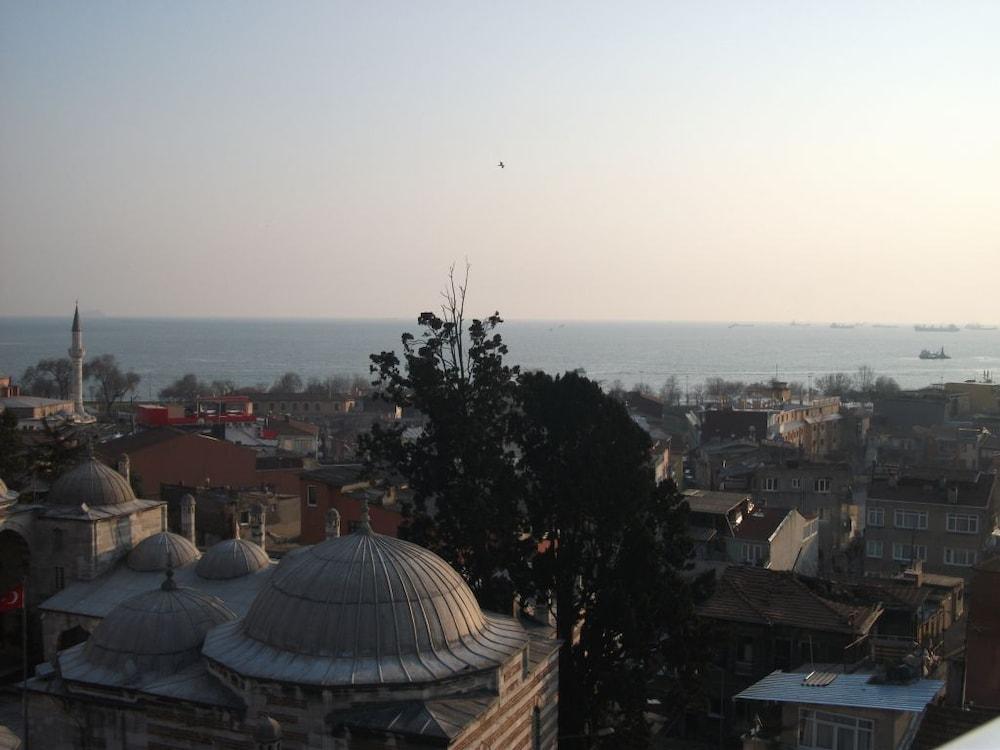 술탄 팰리스 호텔(Sultan Palace Hotel) Hotel Image 59 - View from Hotel