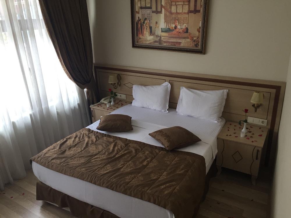 술탄 팰리스 호텔(Sultan Palace Hotel) Hotel Image 24 - Guestroom