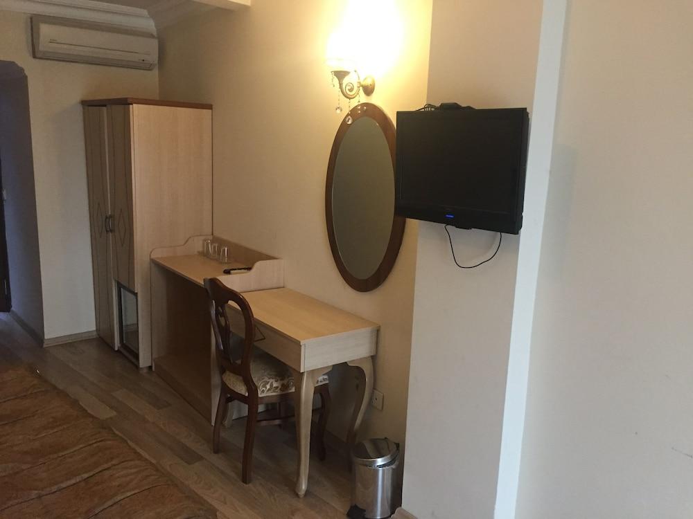 술탄 팰리스 호텔(Sultan Palace Hotel) Hotel Image 25 - Guestroom