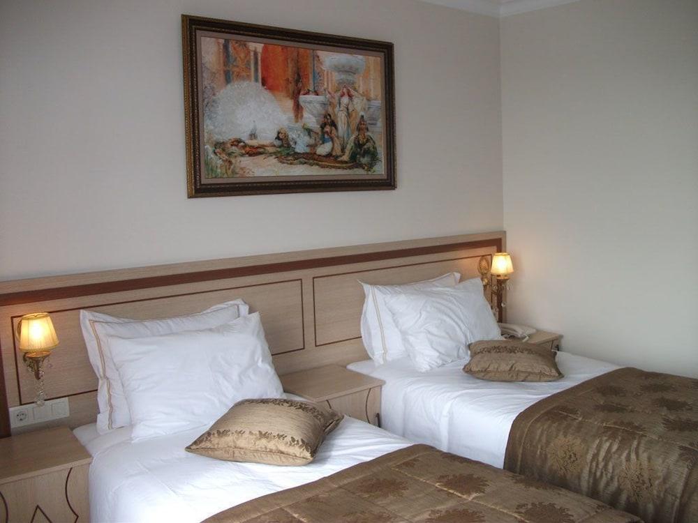 술탄 팰리스 호텔(Sultan Palace Hotel) Hotel Image 8 - Guestroom
