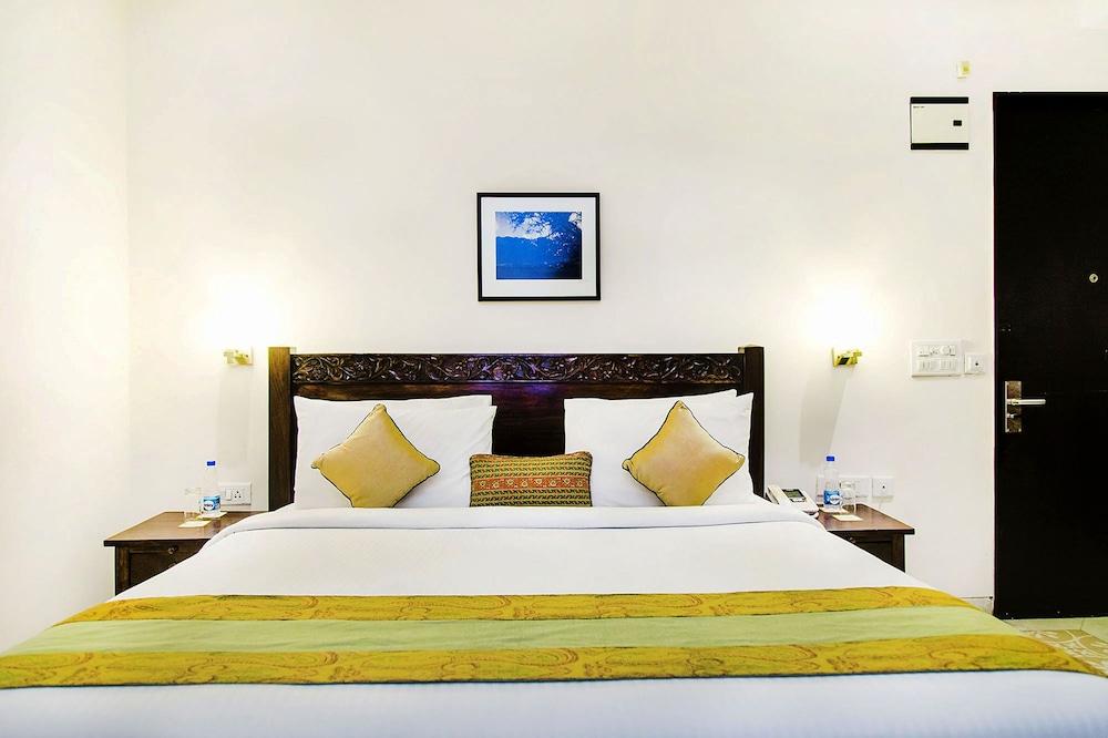 만트라 아말타스(Mantra Amaltas) Hotel Image 8 - Guestroom