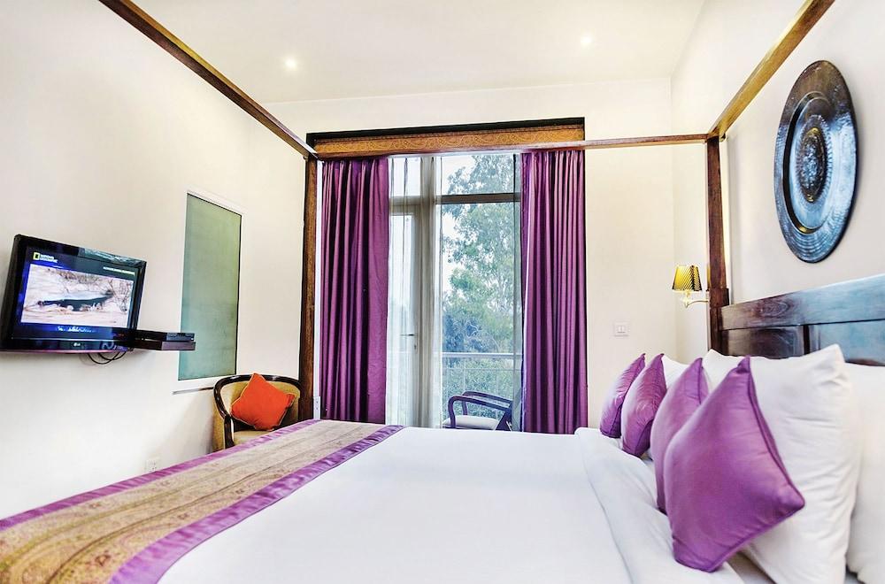 만트라 아말타스(Mantra Amaltas) Hotel Image 23 - Living Room