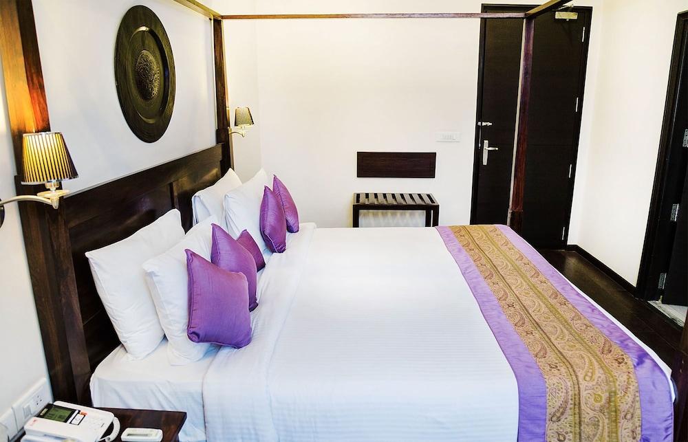 만트라 아말타스(Mantra Amaltas) Hotel Image 6 - Guestroom