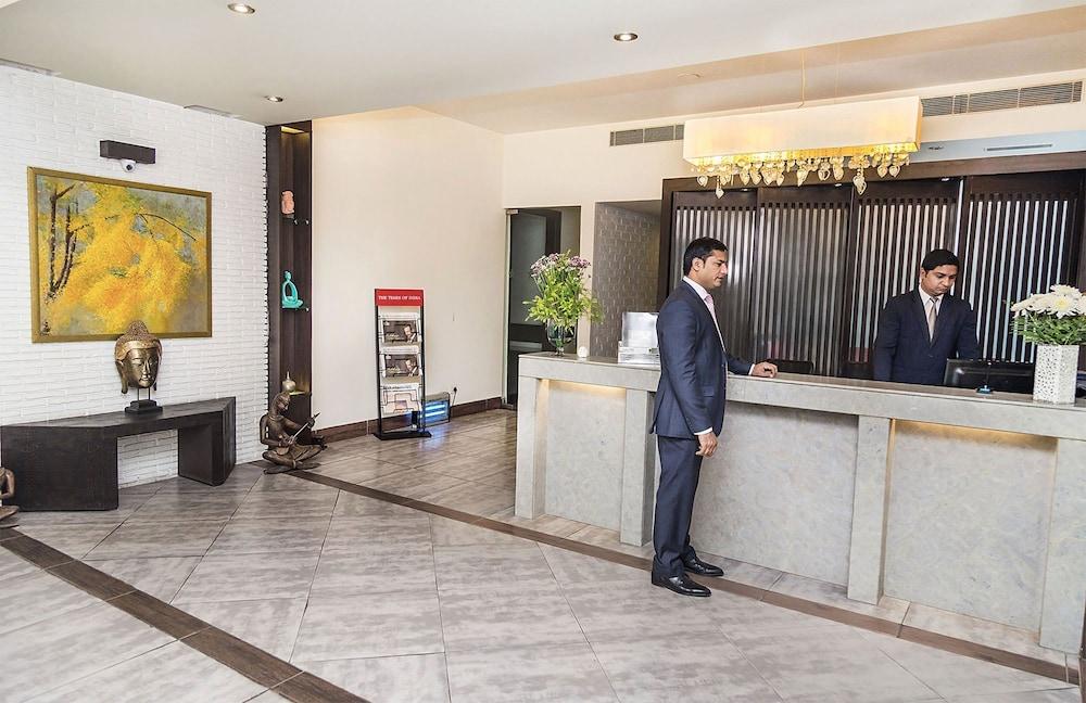 만트라 아말타스(Mantra Amaltas) Hotel Image 28 - Reception