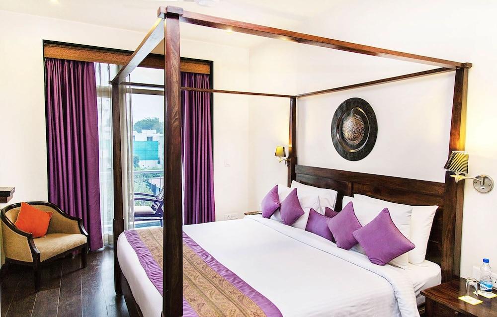 만트라 아말타스(Mantra Amaltas) Hotel Image 20 - Living Room