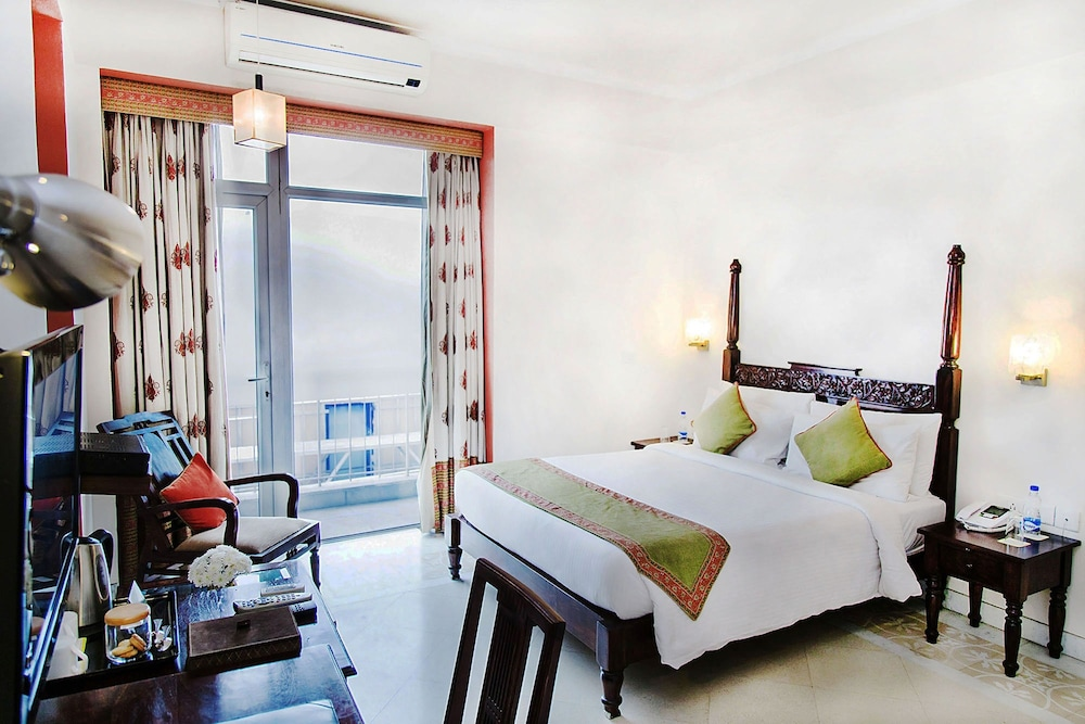 만트라 아말타스(Mantra Amaltas) Hotel Image 15 - Guestroom