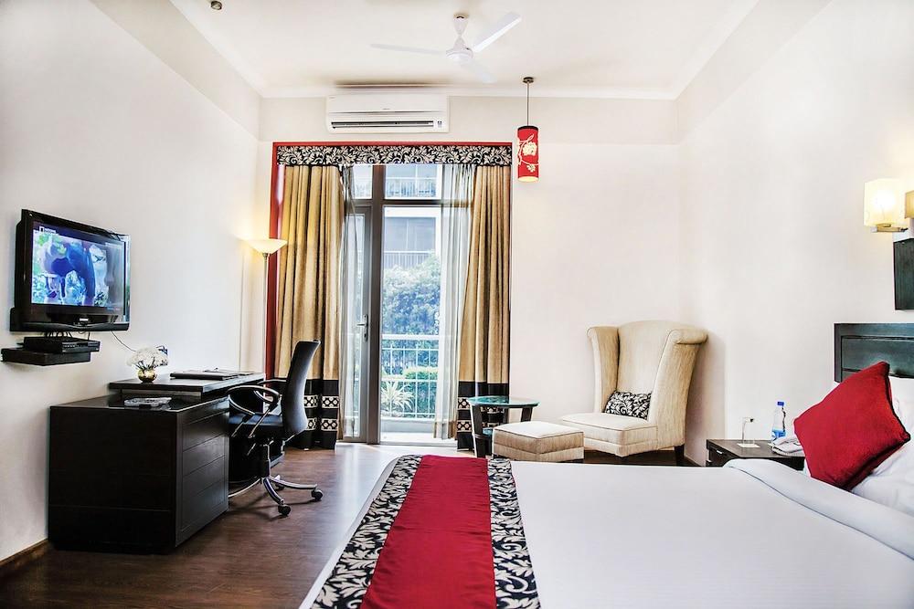 만트라 아말타스(Mantra Amaltas) Hotel Image 22 - Living Room