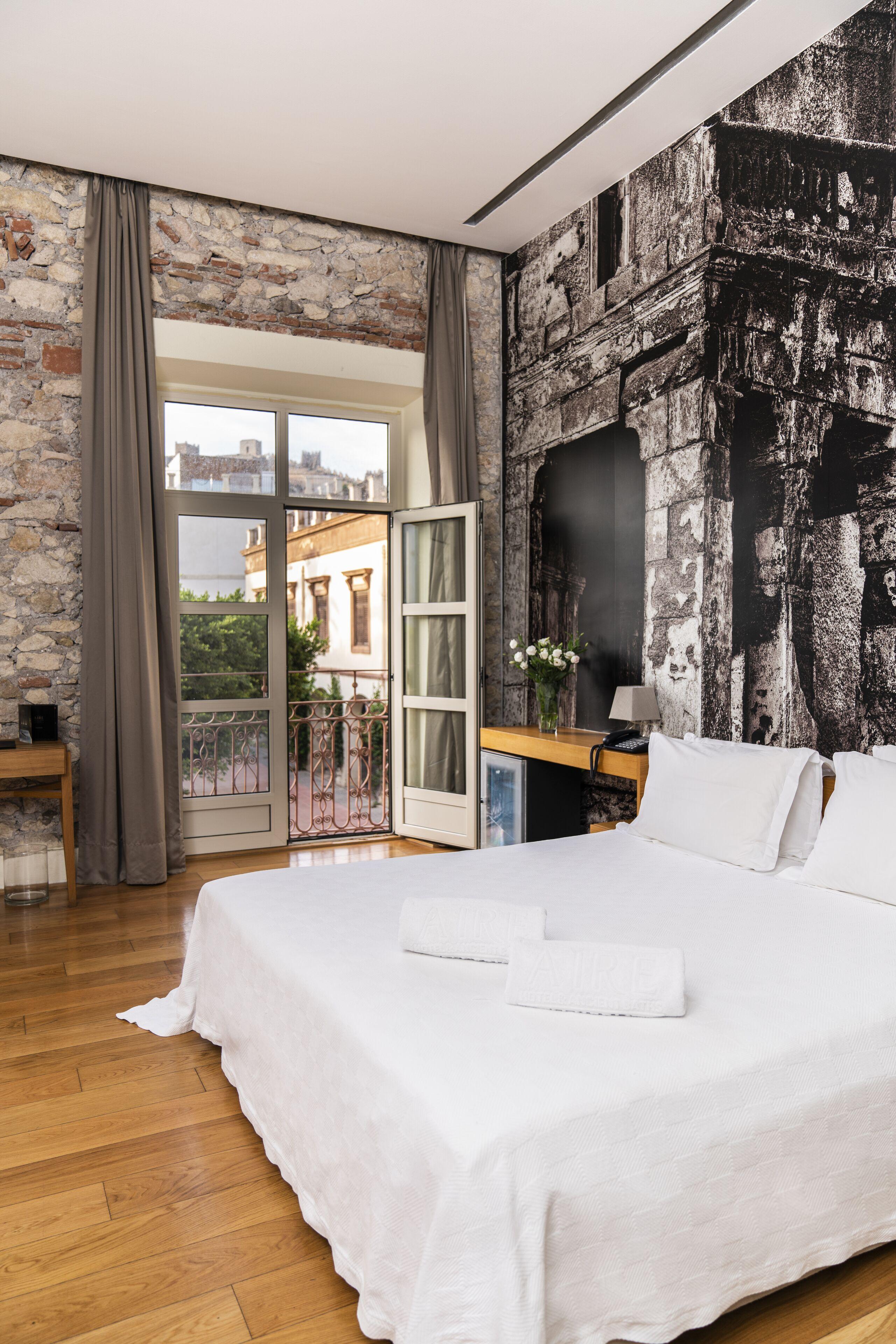 Aire Hotel & Ancient Baths Plaza Vieja