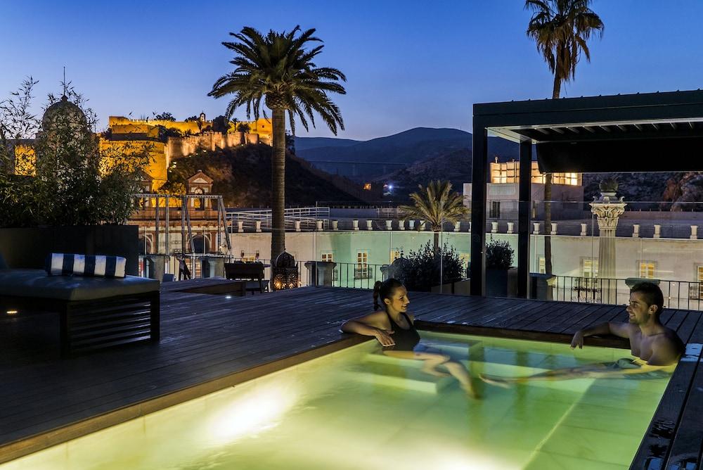 아이레 호텔 앤드 에인션트 배스(Aire Hotel & Ancient Baths) Hotel Image 47 - Outdoor Pool