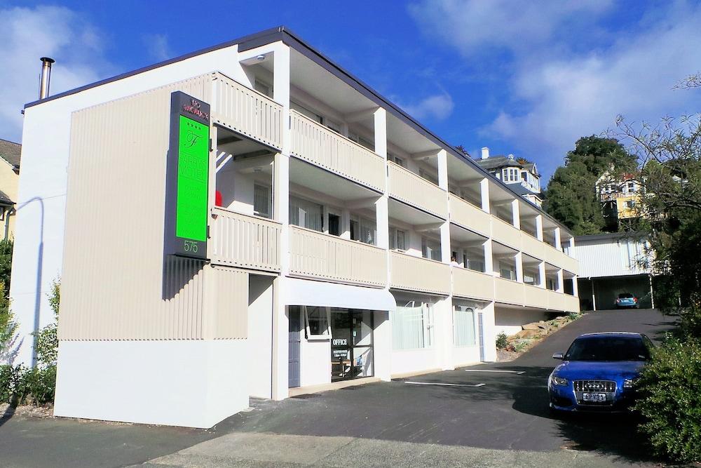 조지 스트리트 모텔 아파트먼트(이전 페리스 모텔)(George Street Motel Apartments (previously Farrys Motel)) Hotel Image 32 - Hotel Front
