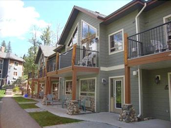 Hotel - Elkwater Lake Lodge