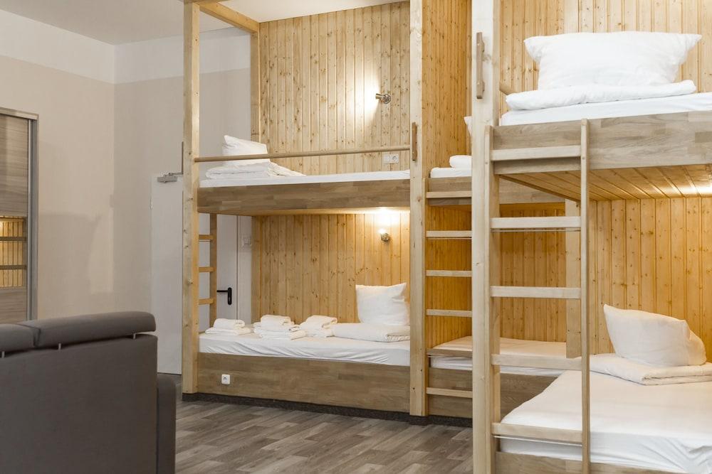 호텔 레벤스퀠 암 체크포인트 찰리 베를린(Hotel LebensQuelle am Checkpoint Charlie Berlin) Hotel Image 8 - Guestroom