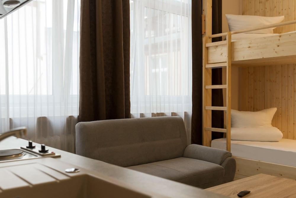 호텔 레벤스퀠 암 체크포인트 찰리 베를린(Hotel LebensQuelle am Checkpoint Charlie Berlin) Hotel Image 23 - Living Area