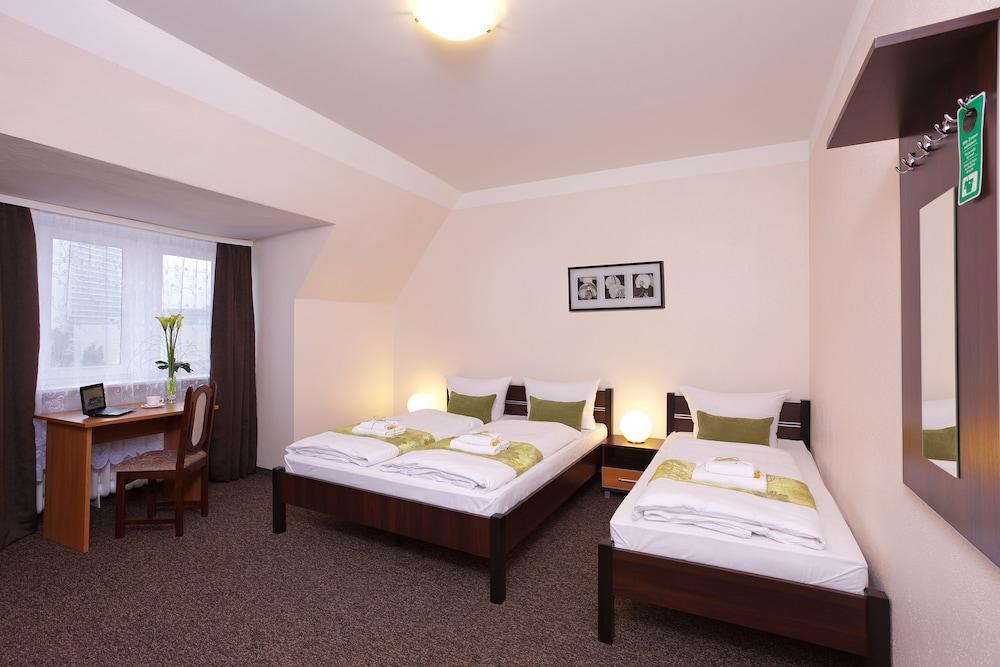 호텔 레벤스퀠 암 체크포인트 찰리 베를린(Hotel LebensQuelle am Checkpoint Charlie Berlin) Hotel Image 12 - Guestroom