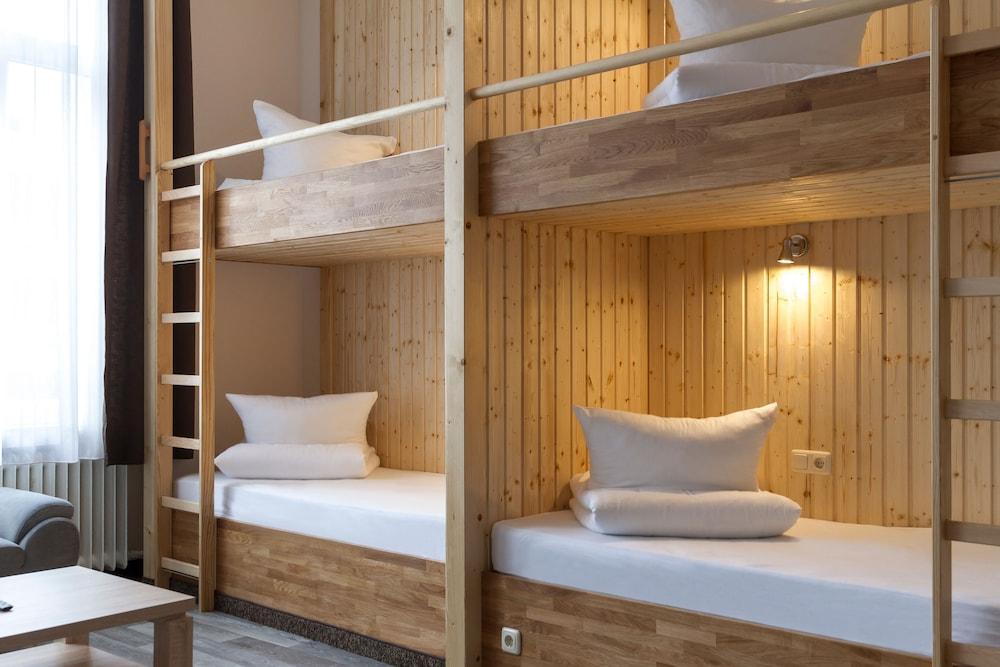 호텔 레벤스퀠 암 체크포인트 찰리 베를린(Hotel LebensQuelle am Checkpoint Charlie Berlin) Hotel Image 13 - Guestroom