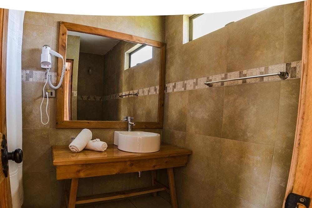 타하 타이 호텔(Taha Tai Hotel) Hotel Image 31 - Bathroom