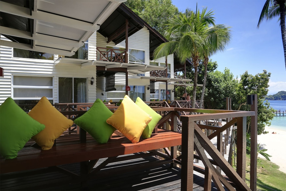 마누칸 아일랜드 리조트(Manukan Island Resort) Hotel Image 49 - Terrace/Patio