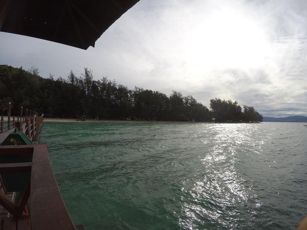 마누칸 아일랜드 리조트(Manukan Island Resort) Hotel Image 51 - Lake