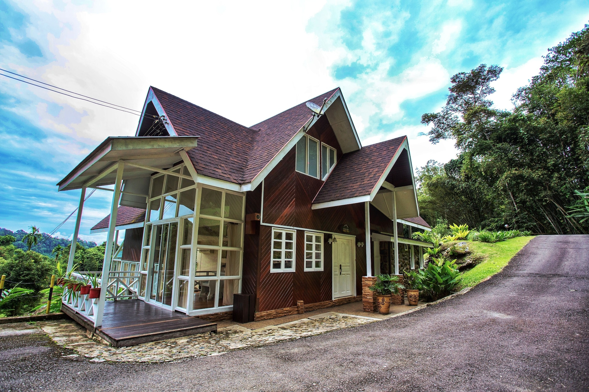 Sutera Sanctuary Lodges at Poring Hot Springs, Ranau