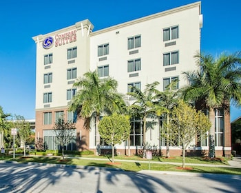 Hotel - Comfort Suites Miami Airport North