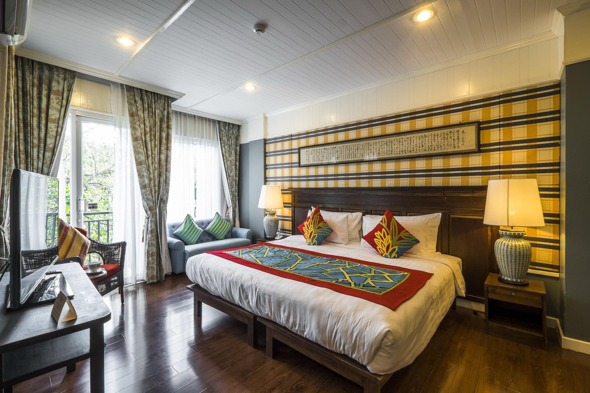 Ndol Streamside Thai Villas, Muak Lek