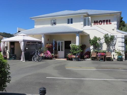 Boutique Motel, Nelson