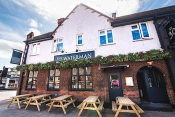 Hotel - The Waterman