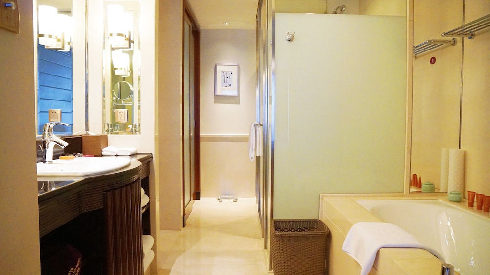 크라운 플라자 난창 리버사이드(Crowne Plaza Nanchang Riverside) Hotel Image 23 - Bathroom