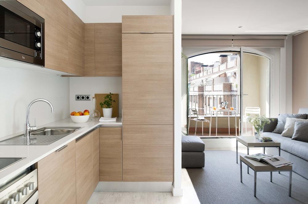 에릭 뵈켈 부티크 아파트먼트 그랑 비아 스위트(Eric Vökel Boutique Apartments Gran Vía Suites) Hotel Image 6 - Guestroom